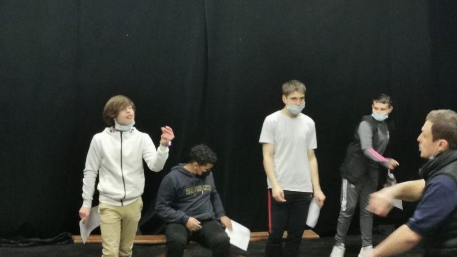 théâtre au collège Nouvelle Chance